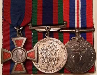 W2 15 Medals EMLowe